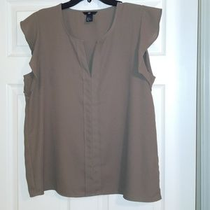 Cap sleeve olive green top. H&M size 14